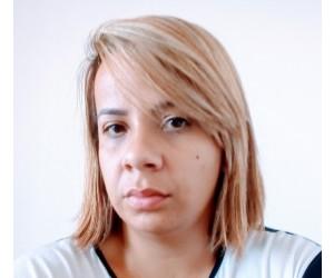 MÉCIA DE OLIVEIRA SANTOS